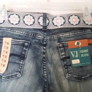 Vigoss jeans with belt new size 7/8 flare